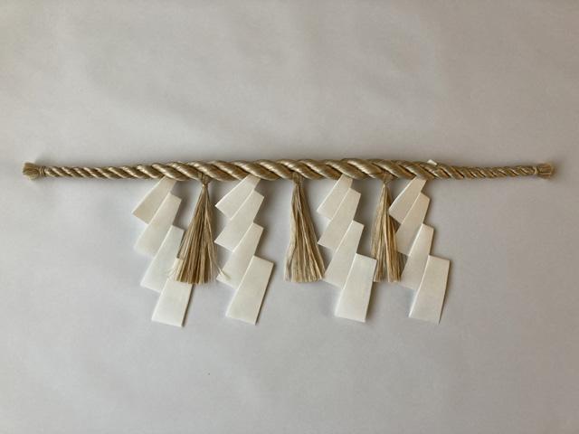 国産大麻(精麻)・鼓胴型しめ縄(紙垂付き)