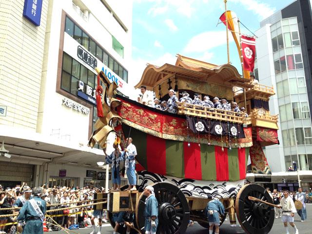京都・祇園祭の大船鉾(2014年、150年ぶりに復活)