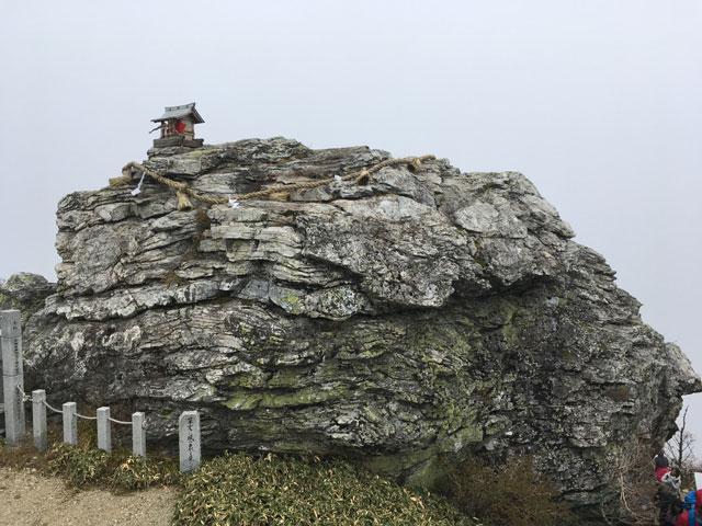 徳島・宝蔵石神社(神麻しめ縄奉納神事)宝蔵石
